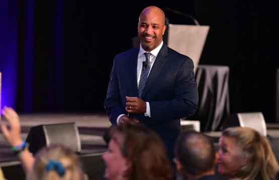 Craig Valentine speaking in Denver in 2019